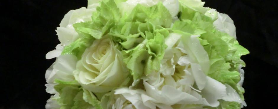 Bouquet tondo con Peonie Ortensie e rose